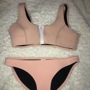 Hoaka swimwear two piece set